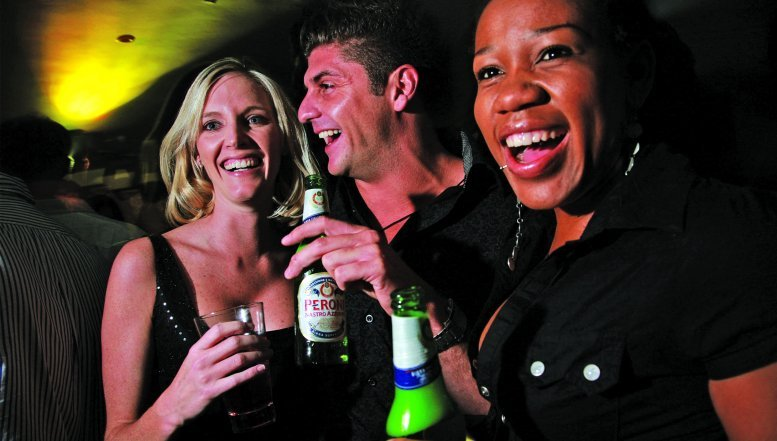 Beer Market Expands as Women Join Men at the Drinking Tables