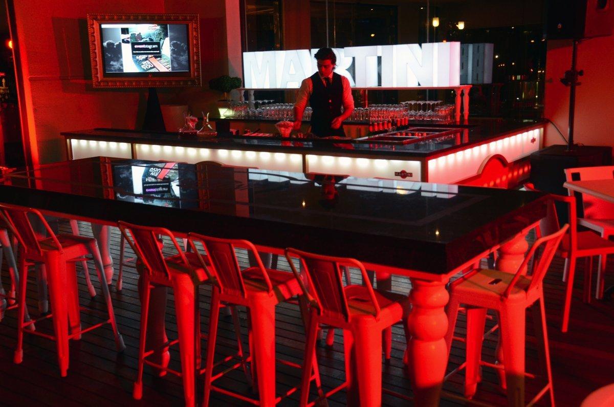 Spotong Elegant Cocktail Lounge