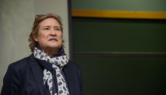Dr Jill Bogie