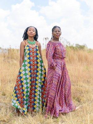Zonke Mashile (l.), Nonhlanhla (Nana) Magubane (r.)